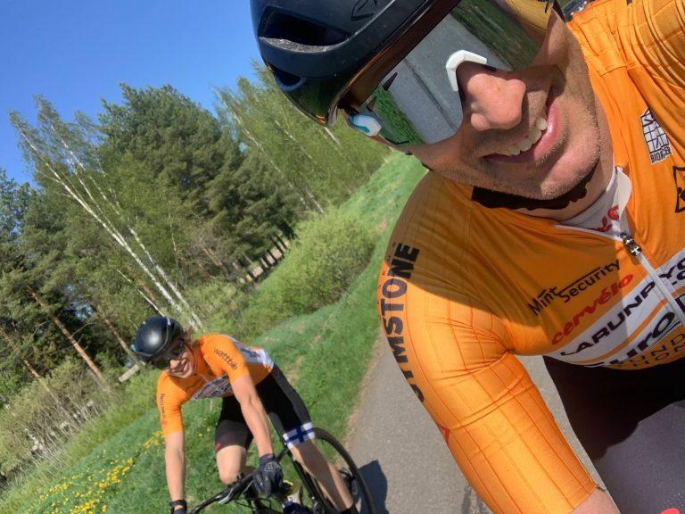 Ari & Team Larunpyörä Cervélo